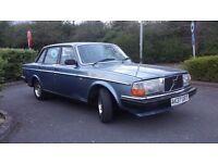 VOLVO 240 GL AUTO, ANTIQUE CAR, YEAR OF MANUFACTURING 1983, FRESH 1 YEAR MOT £1800
