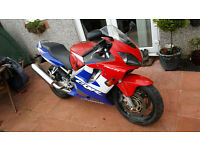 HONDA CBR 600 PGM F1 RED WHITE AND BLUE MOTORBIKE IN VGC LOW MILEAGE