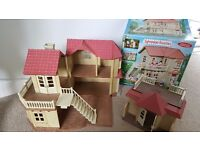 Sylvanian families Willow hall with box and additional conservatory