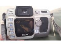 nikon d50 slr and lens