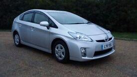 Toyota prius t spirit 2011 hybrid excellent condition 1 owner