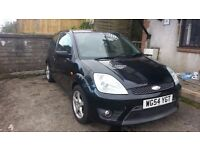 for sale ford fiesta 1.6 tdci z tec s spares repairs starts drives as it should. no mot.