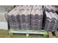 155 Redland Regent concrete roof tiles (41cm x 33cm)