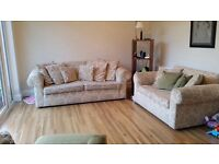Cream self patterned 3 & 2 seater sofas in really good condition