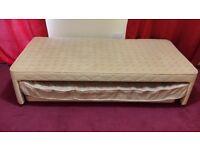 Single divan guest bed with 1 mattress