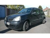 Renault Clio 1.1 Black 1 2002 Previous Owner Very Tidy All Round For Year MOT Til September OFFERS