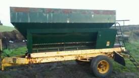 Corn trailer