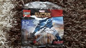 Brand New Lego Marvel Super Heroes Avengers Quinjet 30304 - Great Christmas Gift Idea