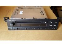 Bmw business stereo cd player very good condition e46