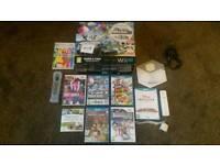 Wii u 32 gb premium pack.and 8 games.