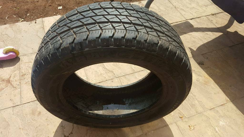 255/55/R18 Goodyear Wrangler HP 4x4 TYRE with 8mm Tread (P38 range rover)