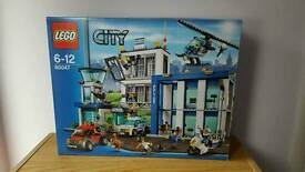 Lego Police Station 60047 New RRP £80 Perfect Christmas Present
