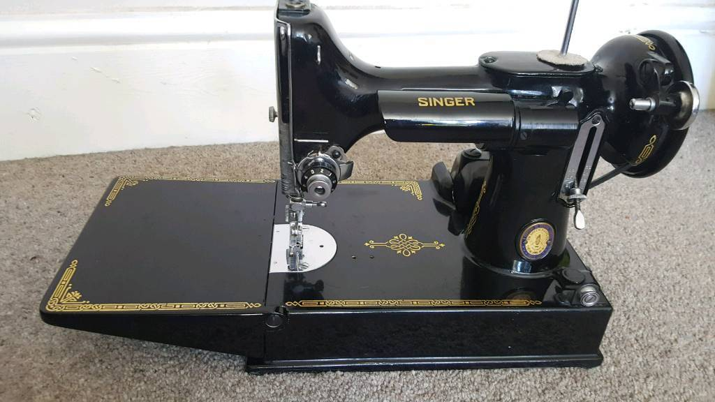 Vintage Centennial Singer Sewing Machine #Featherweight (electric/working) 221K1 1951