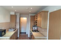 Double bedroom available in two bedroom flat