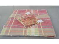 Kingsize Duvet Cover & Pillowcases (never out of packet) £10.00