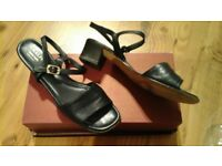 Ladies Navy Leather sandals. Very good condition