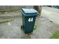 Green waste bin 140L