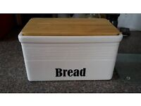 Ceramic Bread Bin- White with wooden lift off lid