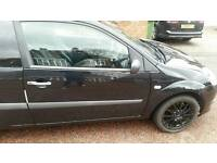 Ford fiesta drivers door and glass 57 plate