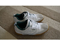PAIR OF HI TEC SQUASH TRAINERS, ADULT SIZE 10. VGC. WORN ONLY ONCE.