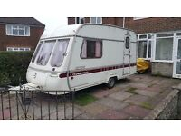 Lovely swift 2 birth caravan