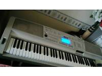 Professional keyboard piano 76keys VgC