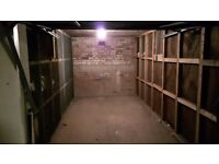 Secure garage to rent in G41 Shawlands area. Perfect for Motorbike or small car.