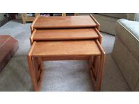 Nest of 3 teak coffee tables