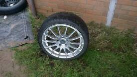 "17"" fox alloys great condition with tyres"