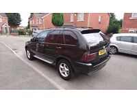 BMW X5 DIESEL SPORT ENGINE WITH PRIVATE NUMBER PLATE 3 LADY OWNER 107543 MILEAGE full leather in