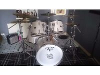 Trap very nice drum set only £200