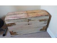 Rustic chest trunk