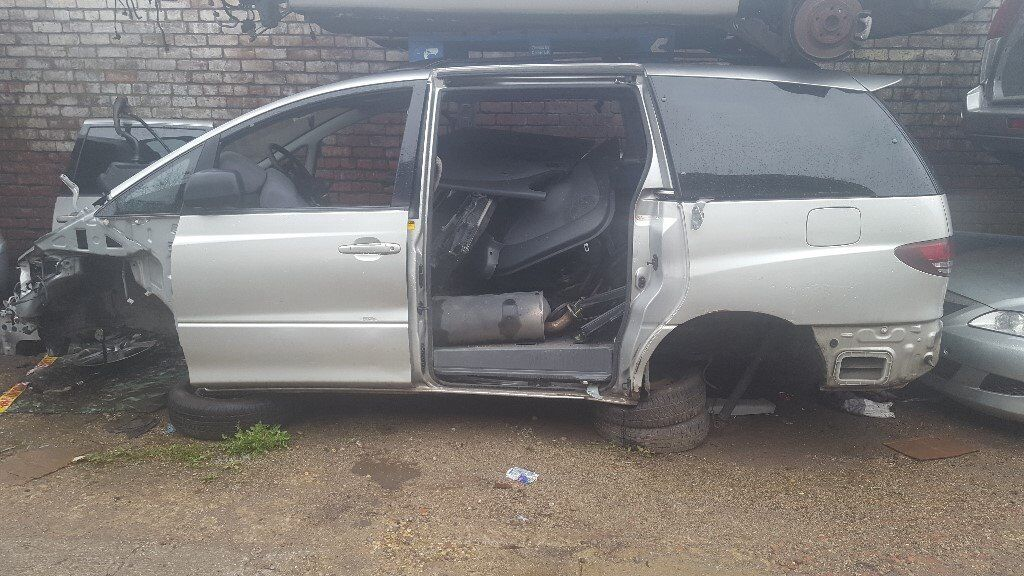 Toyota Previa 2003 2.0 Diesel For Breaking - CALL NOW!!!