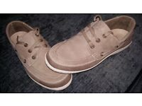 Mens clarks shoes size 11