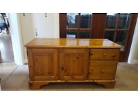 Ducal solid wood sideboard unit
