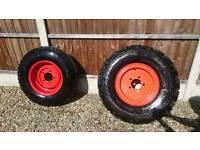 Dennis fire engine wheels??