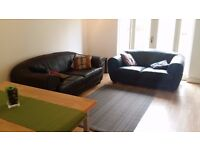 BIGGEST ENSUITE ROOM TO SHARE IN WIMBLEDON