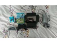 Wii U 32GB with ZELDA breath of the wild and Pro controller