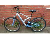 Adults Apollo F'S26 mountain bike 17 inch frame good working condition and ready to ride