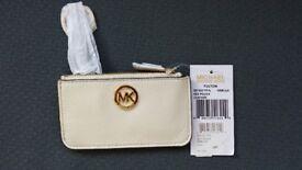 Michael Kors Fulton Key Pouch/Chain Leather, Vanilla, Brand New
