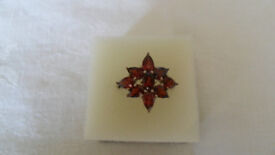 925 silver ring with garnets size P