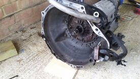 Toyota Granvia automatic gearbox removed from 1KZ TE diesel engine.