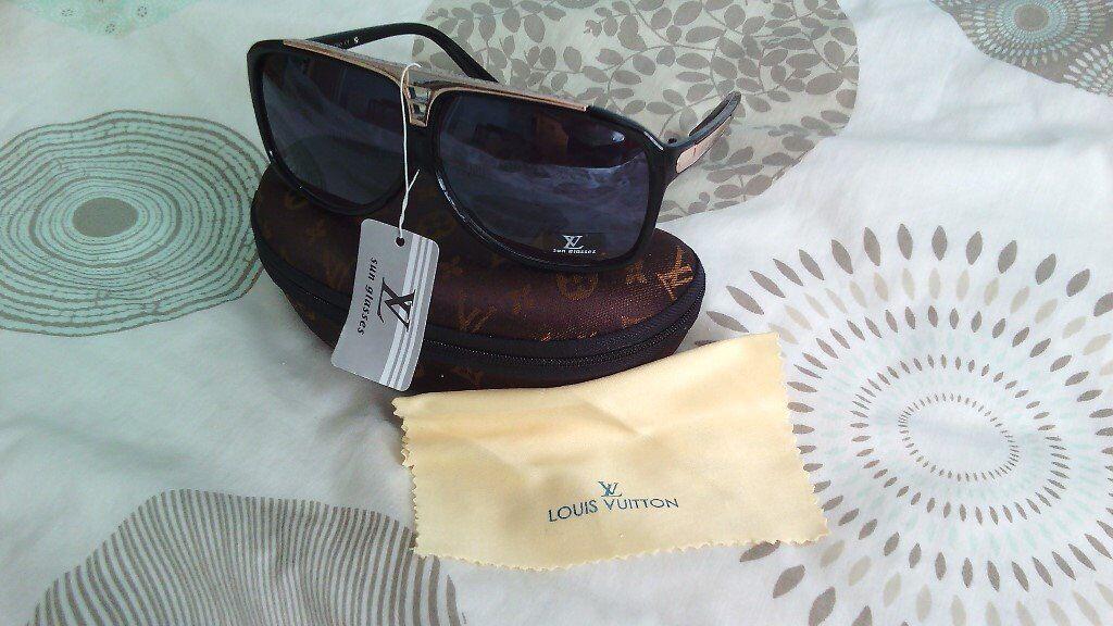 b21e0f41d7b1 Louis Vuitton Evidence Sunglasses + LV case. Edmonton