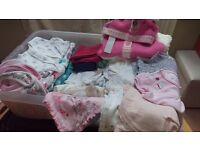 bag of baby girls clothes new and barley used 0-6 months