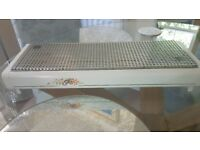 Used but still in great condition food warmer - ideal for the table and your favourite takeaway