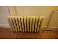 Medium vintage freestanding cast iron radiator (VERY heavy)