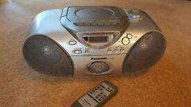 Dvd/tape cassette/radio player