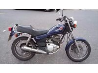 2001 Yamaha SR 125 in great condition, perfect for commuting