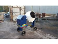 Winget 100T concrete mixer, with new drum bearing kit fitted