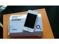 White Apple iphone 4 refurb